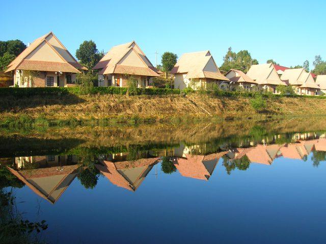 Là một trong những khách sạn Gia Lai có view hồ thoáng mát (Ảnh ST)