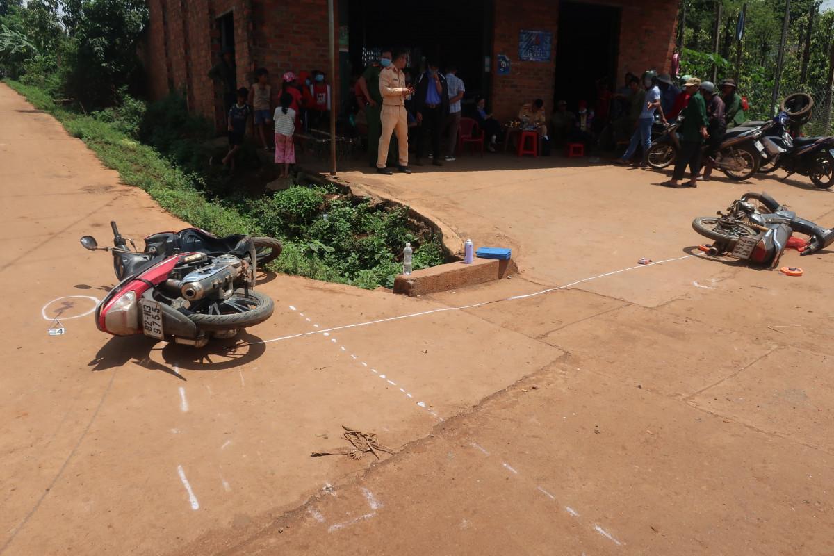 Đak Đoa: 2 xe mô tô va chạm, 1 người tử vong
